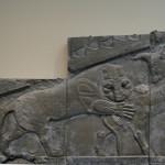 BM:lion attack wall frieze